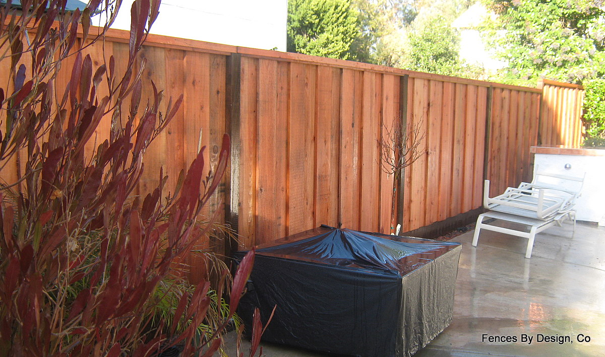 How to Design a Redwood Fence | eHow.com